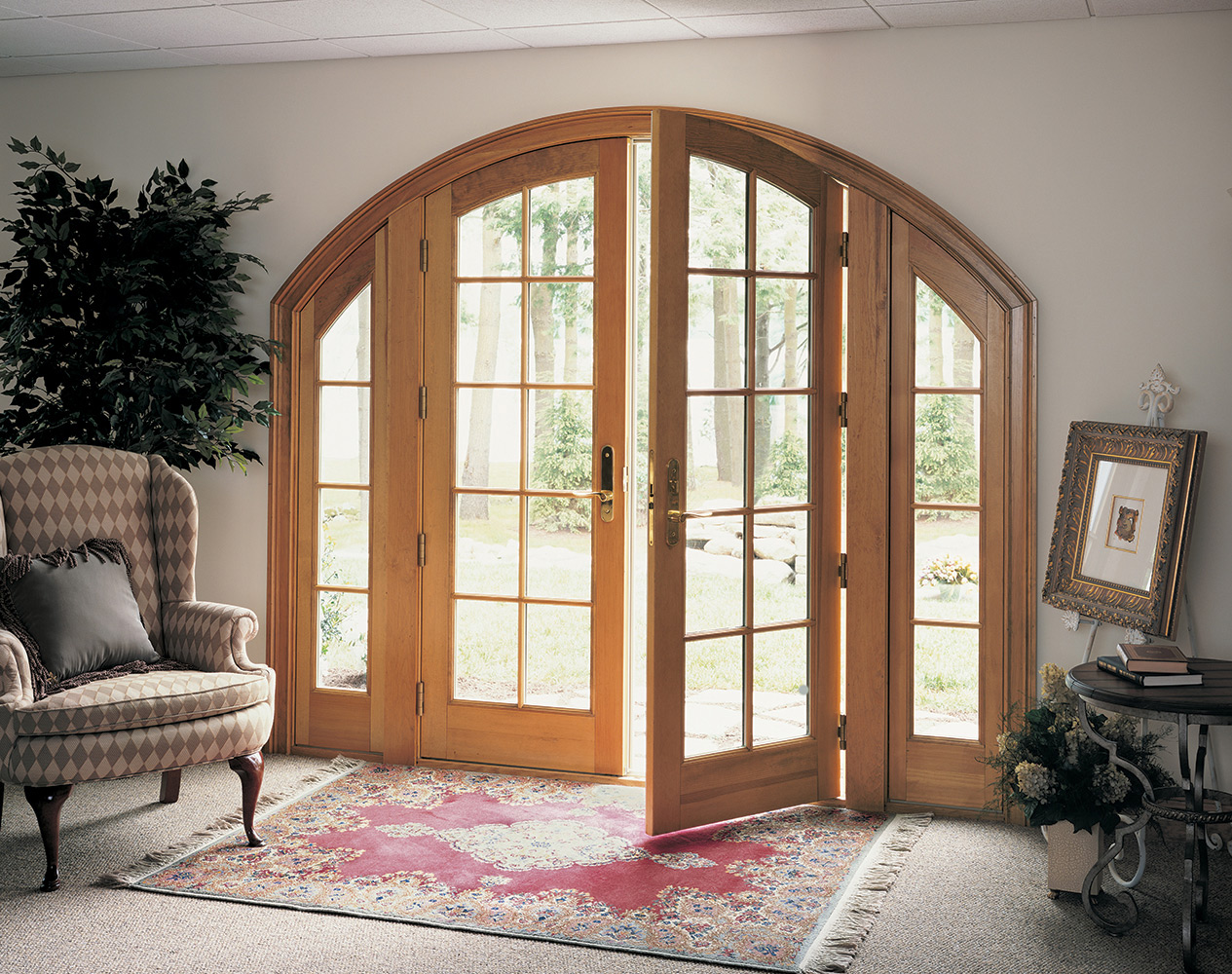 Replacement patio doors wisconsin hometowne windows for Patio entrance doors
